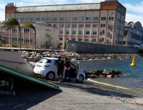 Un véhicule à l'eau suite à une fausse manœuvre